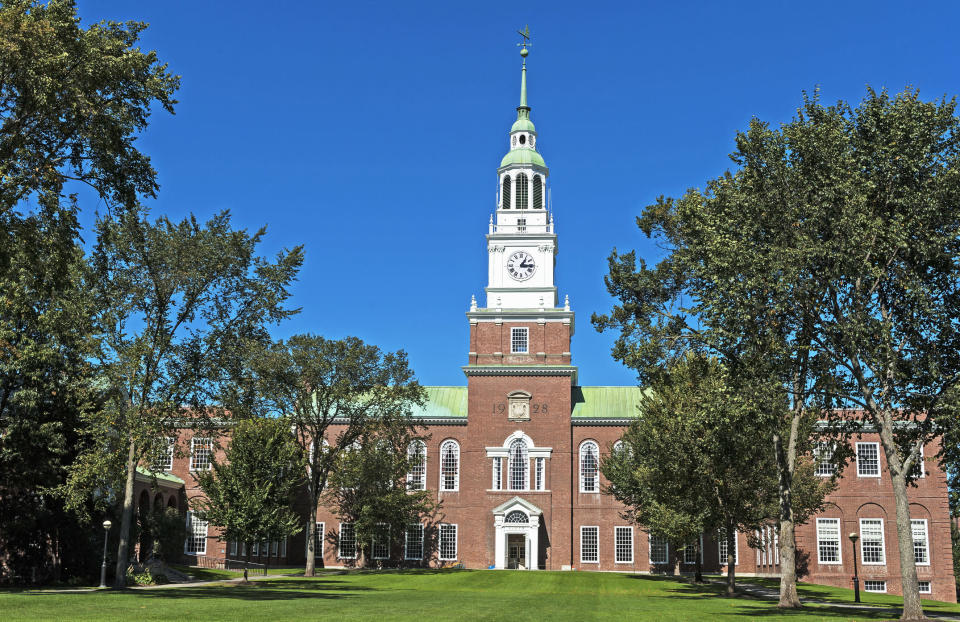 Dartmouth College is doing away with student loansc