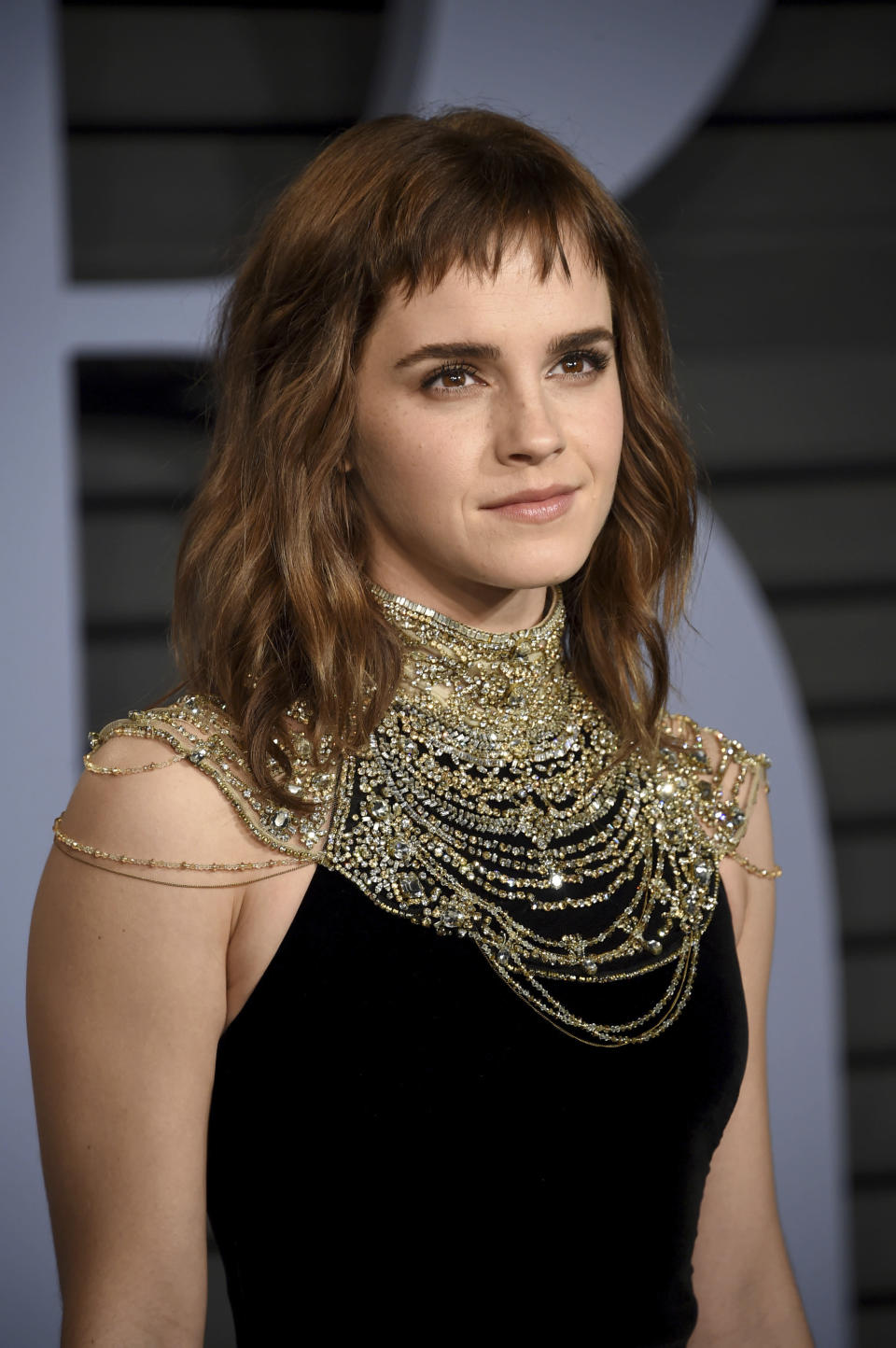 Emma Watson arrives at the Vanity Fair Oscar Party in Beverly Hills, California, 2018. (Photo: van Agostini/Invision/AP)