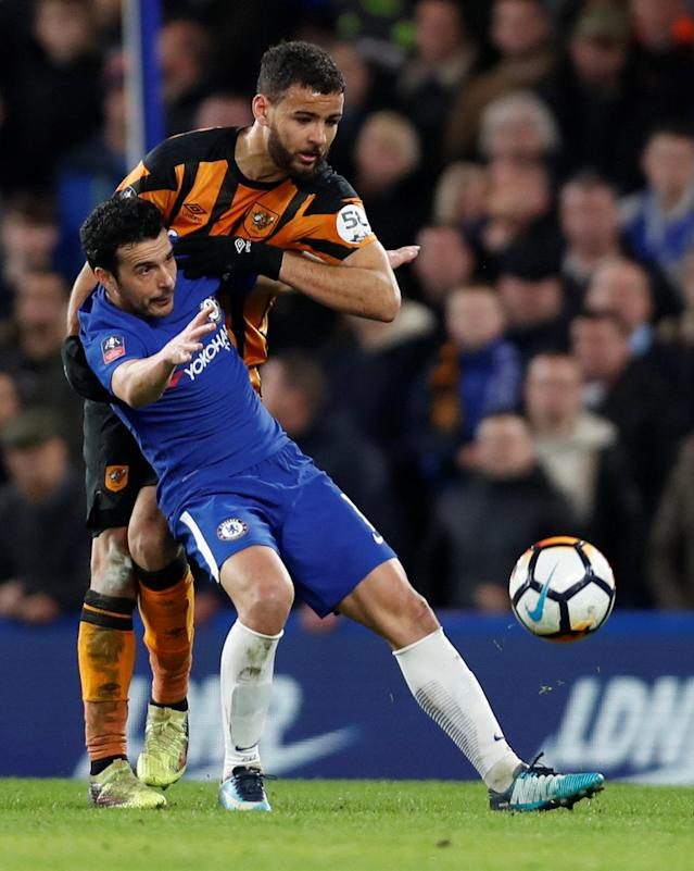 Soccer Football - FA Cup Fifth Round - Chelsea vs Hull City - Stamford Bridge, London, Britain - February 16, 2018 Chelsea's Pedro in action with Hull City's Kevin Stewart Action Images via Reuters/Paul Childs