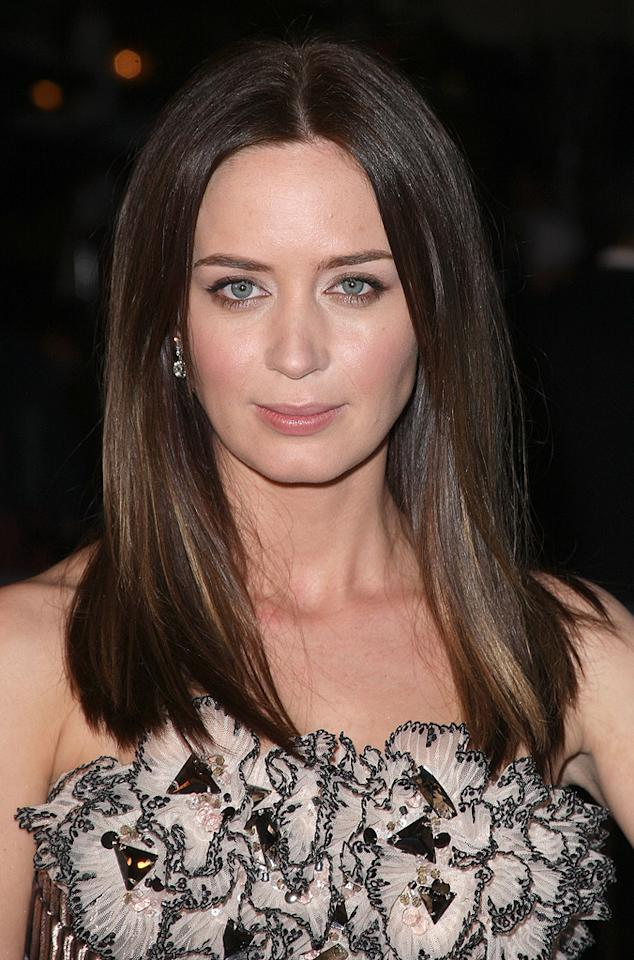 "<a href=""http://movies.yahoo.com/movie/contributor/1808577445"">Emily Blunt</a> at the Los Angeles premiere of <a href=""http://movies.yahoo.com/movie/1809823943/info"">Sunshine Cleaning</a> - 03/09/2009"
