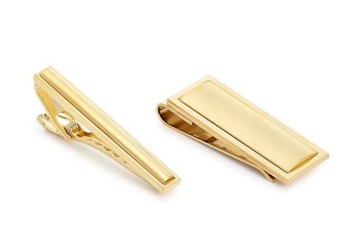 The Gift Men's Tie Bar and Money Clip Set (Photo: Macy's)