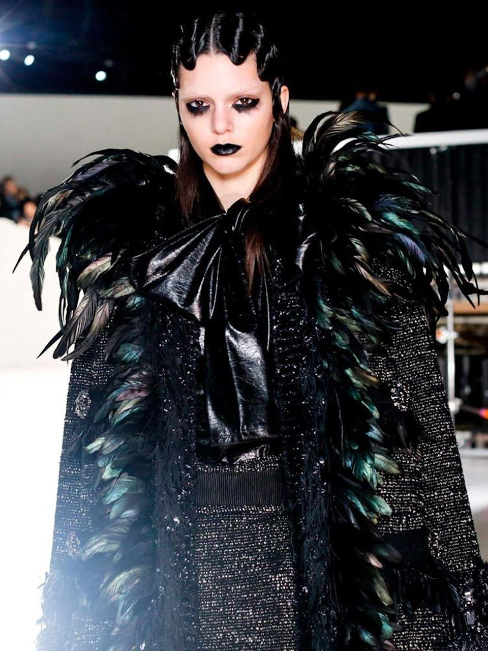 <p>Kendall Jenner backstage at Marc Jacobs during New York Fashion Week, February 2016.</p>