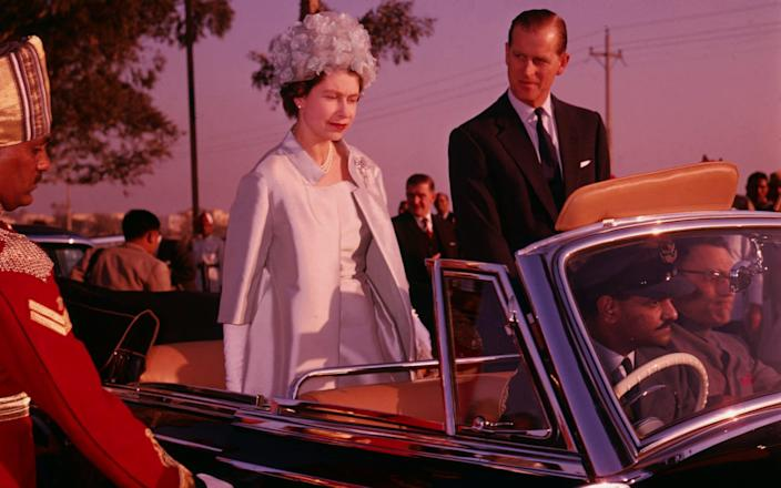 Queen Elizabeth II and Prince Philip in Delhi during a state visit to India, 21st January 1961. - Fox Photos/Hulton Archive/Getty Images