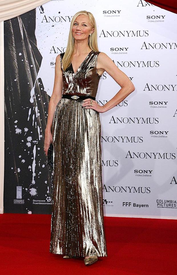 """In Berlin, actress Joely Richardson went seventies glam in a metallic Mulberry dress at the Berlin premiere of her film """"Anonymous."""" Can you say golden girl? (10/30/2011)"""