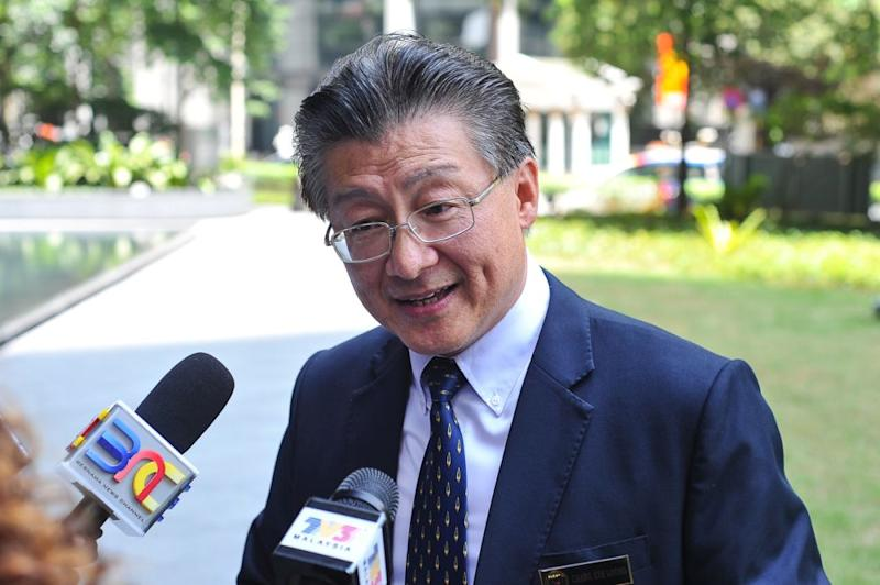 National House Buyers Association secretary-general Datuk Chang Kim Loong said the government should leave the marketing of unsold high-end properties in the country to real estate developers themselves. — Picture by Shafwan Zaidon