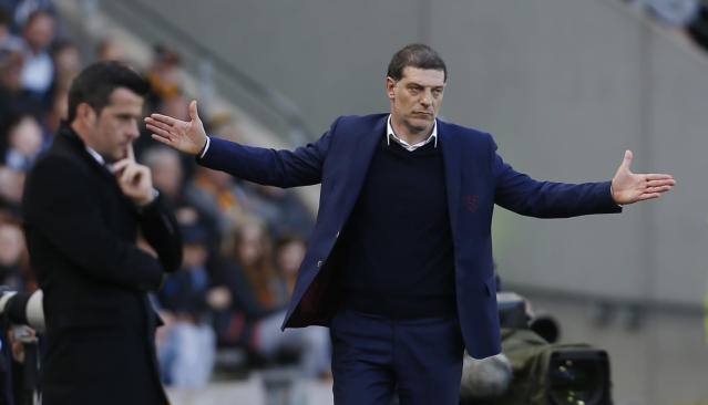 """<p>Britain Soccer Football – Hull City v West Ham United – Premier League – The Kingston Communications Stadium – 1/4/17 West Ham United manager Slaven Bilic and Hull City manager Marco Silva Action Images via Reuters / Ed Sykes Livepic EDITORIAL USE ONLY. No use with unauthorized audio, video, data, fixture lists, club/league logos or """"live"""" services. Online in-match use limited to 45 images, no video emulation. No use in betting, games or single club/league/player publications. Please contact your account representative for further details. </p>"""