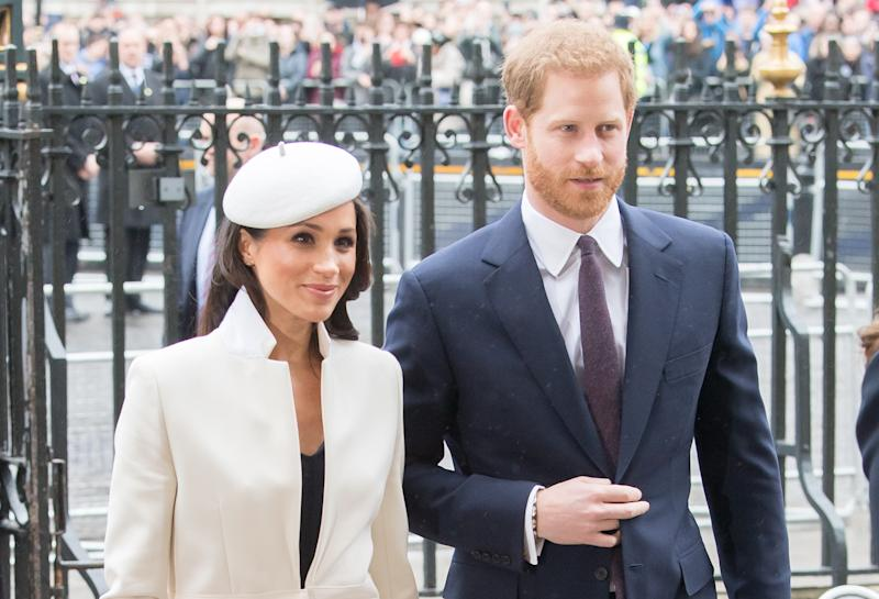 meghan markle and prince harry reveal who s making royal wedding cake yahoo style uk