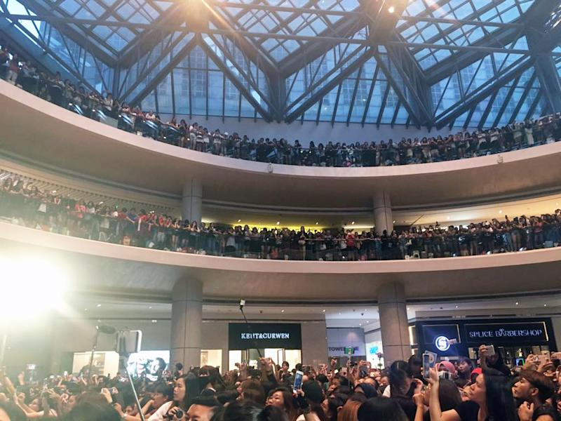 Hundreds of fans gathered at Suntec Tower Two for The Battleship Island meet-and-greet. (Photo: Nurul Azliah/ Yahoo Lifestyle Singapore)