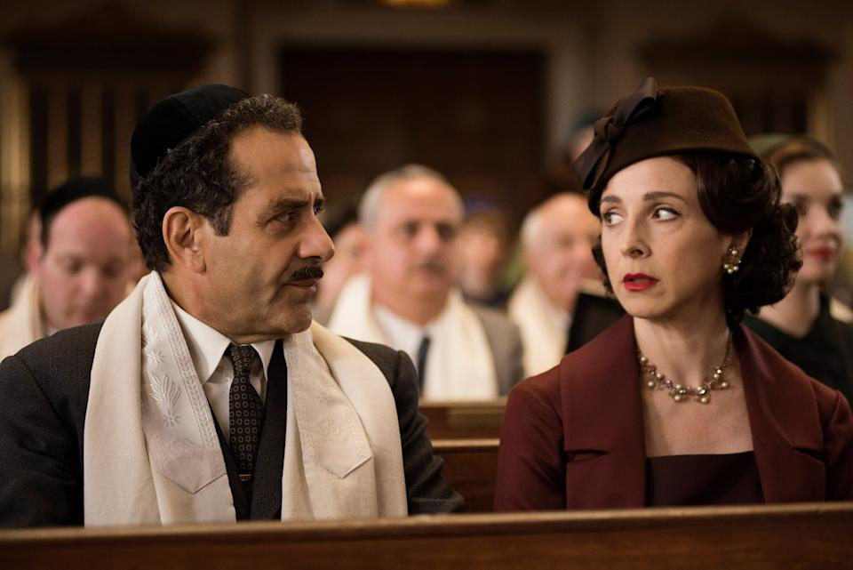 THE MARVELOUS MRS. MAISEL, l-r: Tony Shalhoub, Marin Hinkle in 'Put That on Your Plate!' (Season 1, Episode 7, aired November 29, 2017). ph: Nicole Rivelli/ Amazon/courtesy Everett Collection