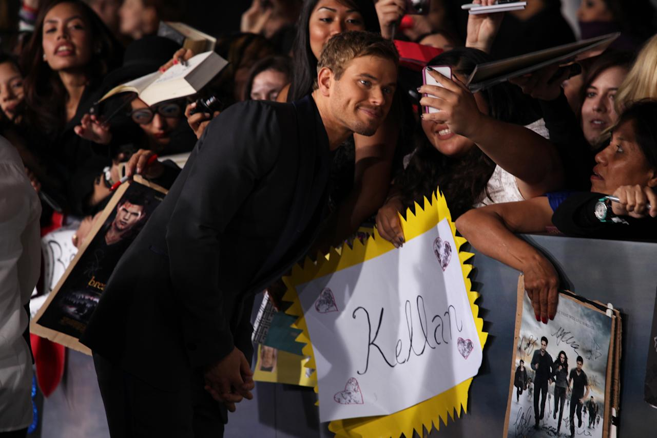 "Kellan Lutz greets fans at ""The Twilight Saga: Breaking Dawn - Part 2"" Los Angeles premiere at the Nokia Theatre L.A. Live on November 12, 2012 in Los Angeles, California."