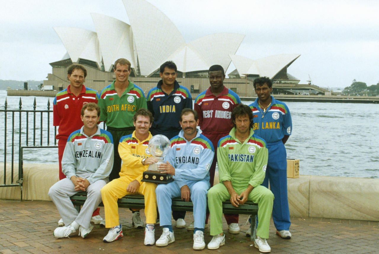 SYDNEY - FEBRUARY 22:  (Back Row, from left to right) David Houghton of Zimbabwe, Keppler Wessels of South Africa, Mohammed Azharuddin of India, Richie Richardson of the West Indies and Aravinda De Silva of Sri Lanka, (Front Row, from left to right) Martin Crowe of New Zealand, Allan Border of Australia, Graham Gooch of England and Imran Khan of Pakistan during the World Cup Opening Ceremony held on February 22, 1992 in Sydney, Australia. (Photo by Adrian Murrell/Getty Images)