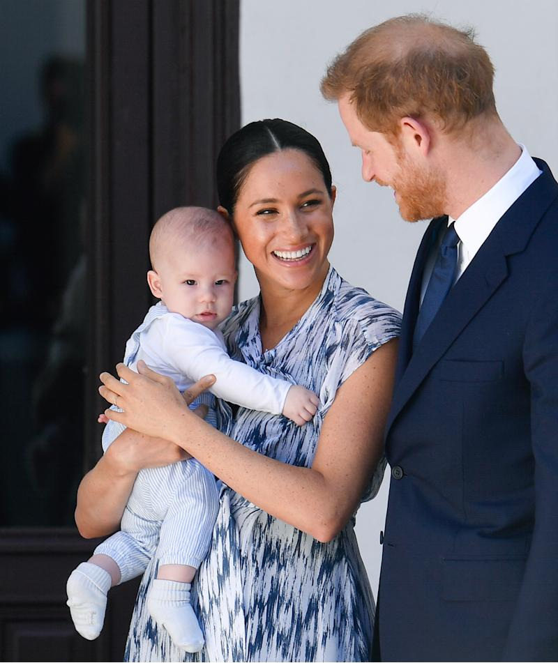 The Duke and Duchess of Sussex with son, Archie. (Image via REUTERS/Toby Melville/Pool)