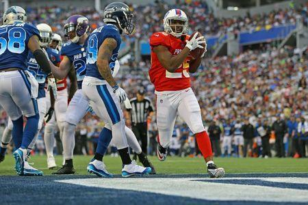 Jan 28, 2018; Orlando, FL, USA; Buffalo Bills running back LeSean McCoy (25) scores a touchdown against the NFC in the second half in the 2018 NFL Pro Bowl at Camping World Stadium. Mandatory Credit: Aaron Doster-USA TODAY Sports