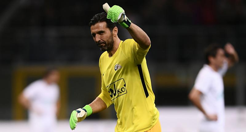 Gianluigi Buffon s'engage au Paris Saint-Germain — OFFICIEL