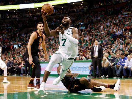 May 23, 2018; Boston, MA, USA; Boston Celtics guard Jaylen Brown (7) drives to the basket against the Cleveland Cavaliers during the fourth quarter of Boston's 96-83 win over the Cleveland Cavaliers in game five of the Eastern conference finals of the 2018 NBA Playoffs at TD Garden. Mandatory Credit: Winslow Townson-USA TODAY Sports