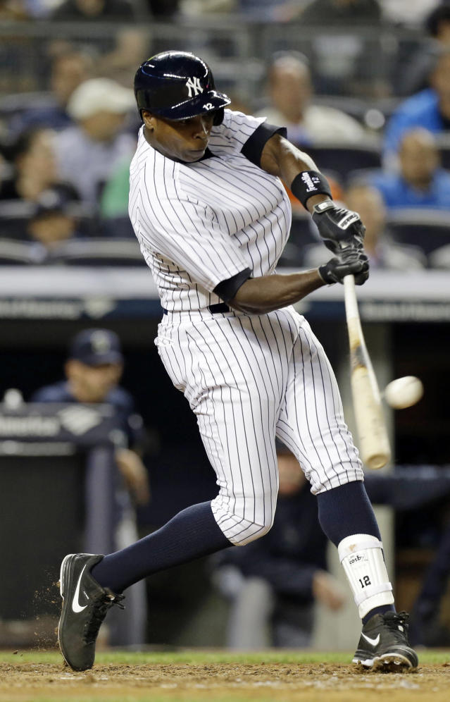 New York Yankees' Alfonso Soriano hits a single during the sixth inning of a baseball game against the Seattle Mariners, Thursday, May 1, 2014, in New York. (AP Photo/Frank Franklin II)