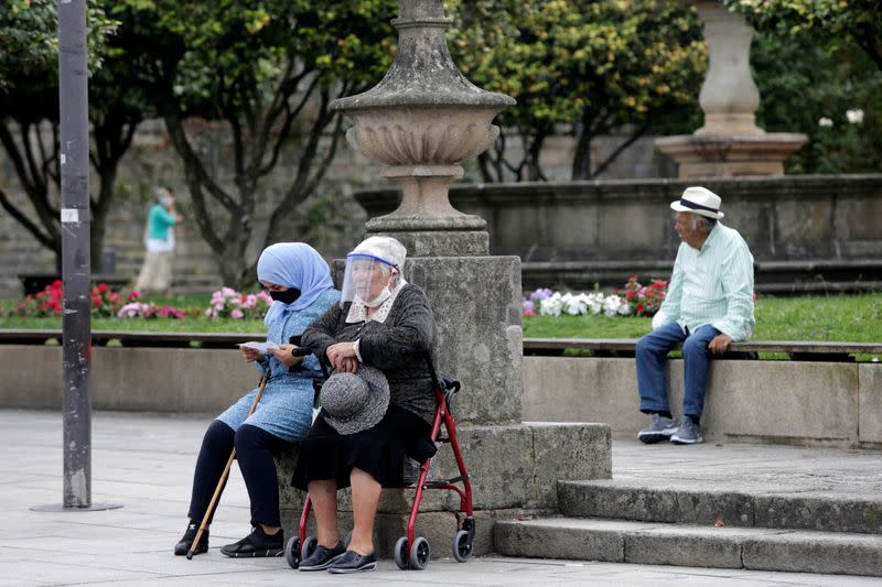 Spain's daily infections spike to 2,935, not yet second wave