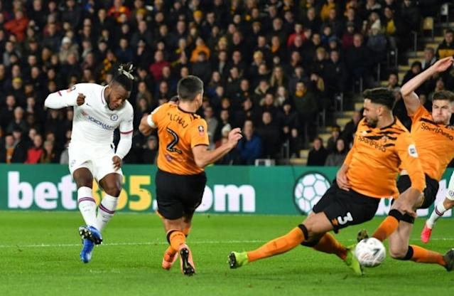 Michy Batshuayi put Chelsea ahead at Hull (AFP Photo/Paul ELLIS)