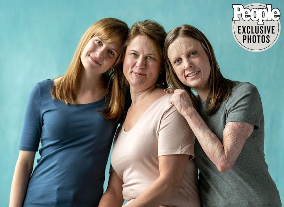 Katherine Anderson-Hill and Michelle Lauren Anderson with their mother Linda Anderson | Sara Rubinstein