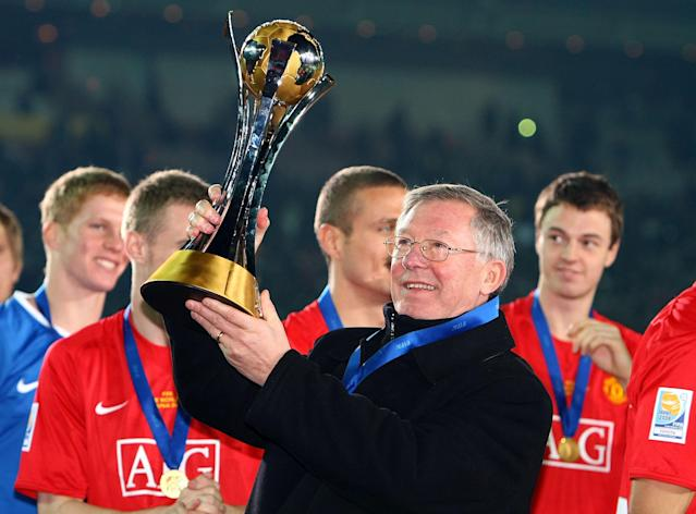 YOKOHAMA, JAPAN - DECEMBER 21: Manchester United's Alex Ferguson celebrates after winning the FIFA Club World Cup Japan 2008 final match between Manchester United and Liga de Quitoat at the International Stadium Yokohama on December 21, 2008 in Yokohama, Kanagawa, Japan. Manchester United defeated Liga de Quitoat by 1-0. (Photo by Junko Kimura/Getty Images)