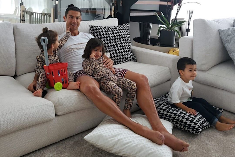 Cristiano Ronaldo Shares Videos of How He is Keeping Fit Inside His Home During Coronavirus