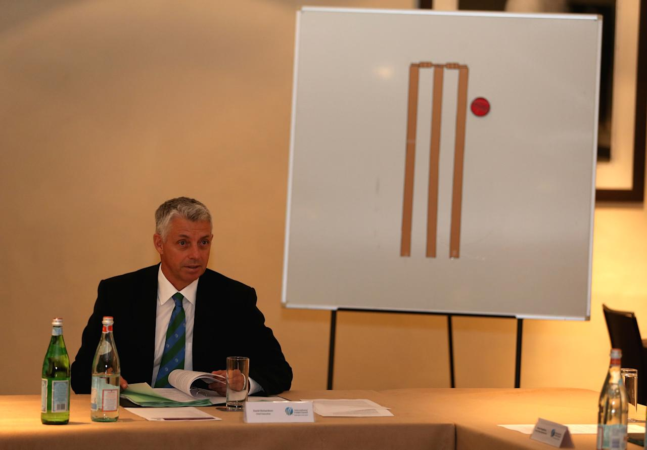 LONDON, ENGLAND - MAY 28:  David Richardson, Chief Executive, addresses the ICC Cricket Committee during a meeting at Lord's on May 28, 2013 in London, England.  (Photo by Andrew Redington/Getty Images)