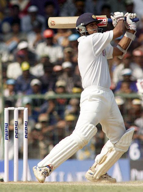 Dravid was named one of the top-five Wisden Cricketers of the Year in 2000.