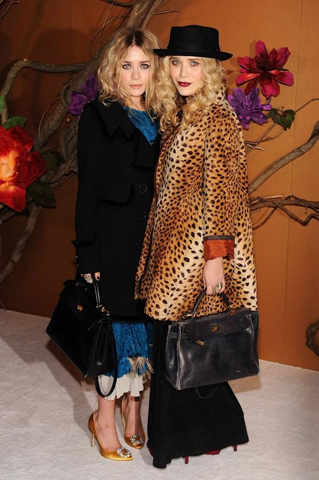 """Why do 23-year-old tween titans Mary-Kate and Ashley Olsen insist on dressing like dowdy octogenarians? Bryan Bedder/<a href=""""http://www.gettyimages.com/"""" target=""""new"""">GettyImages.com</a> - November 17, 2009"""