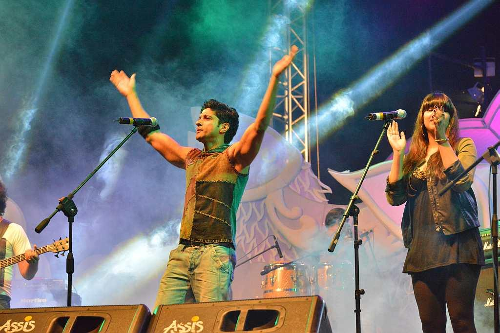 Performance by actor Farhan Akhtar at the Food & Cultural Festival.