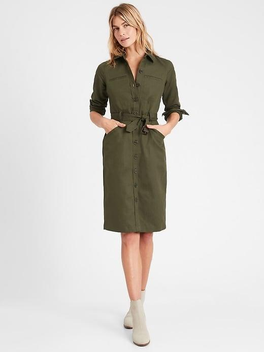 <p>Banana Republic is revamping their classic staples. Gift her a bit of brand history with this <span>Banana Republic Heritage Cotton-Linen Bahia Dress</span> ($74).</p>