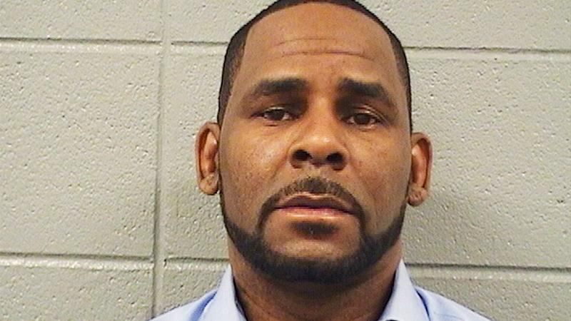 R. Kelly Is Not In Solitary Confinement, According To Federal Prosecutors