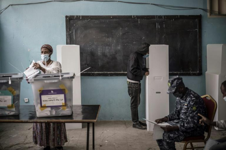 Voting in Addis Ababa: Some 38 million Ethiopians are registered nationwide