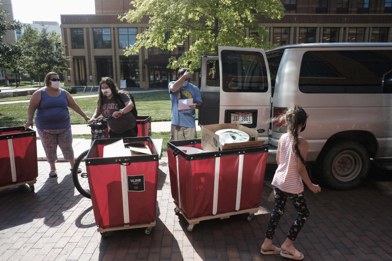 Incoming students began moving in on the OSU campus on Aug. 13, 2020 in Columbus. (Matthew Hatcher/Getty Images)