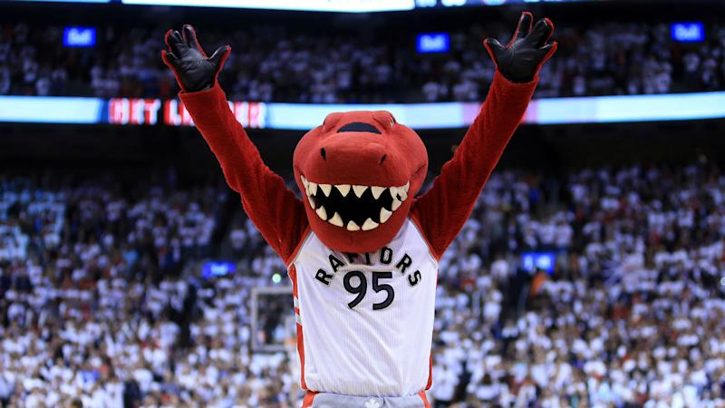 'Jeopardy!' contestant loses everything on NBA mascot clue, and that's just fine