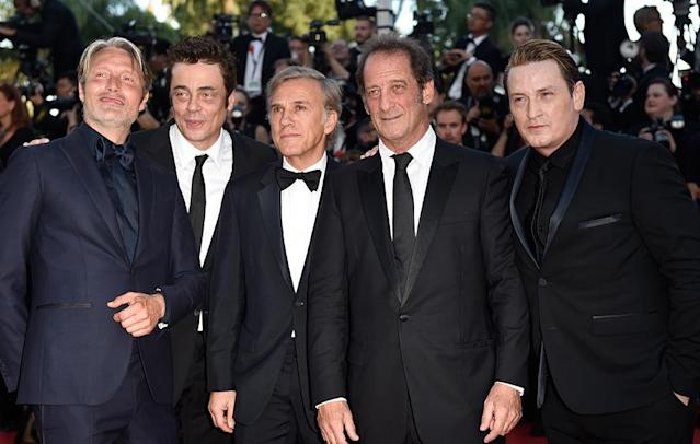 <p>Mads Mikkelsen, Benicio del Toro, Christoph Waltz, Vincent Lindon and Benoit Magimel attend the 70th Anniversary screening on May 23, 2017. (Photo: Antony Jones/Getty Images) </p>