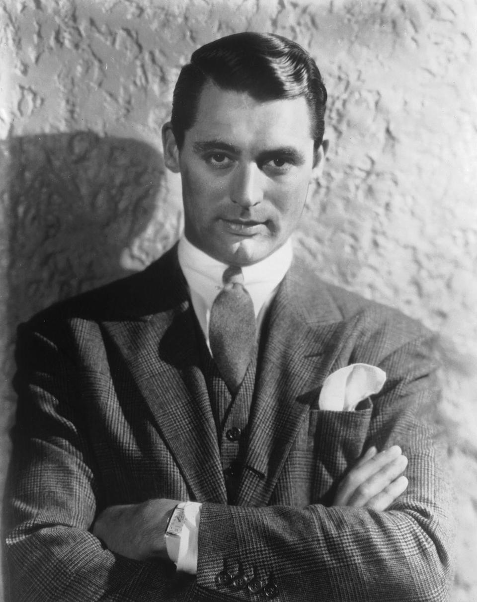 <p>The actor had a hard time finding work in NYC, so he picked up odd jobs around the city, including as a stilt walker on Coney Island on weekends. By 1923, he landed some small roles on Broadway, including in the musical <em>Golden Dawn</em>.</p>