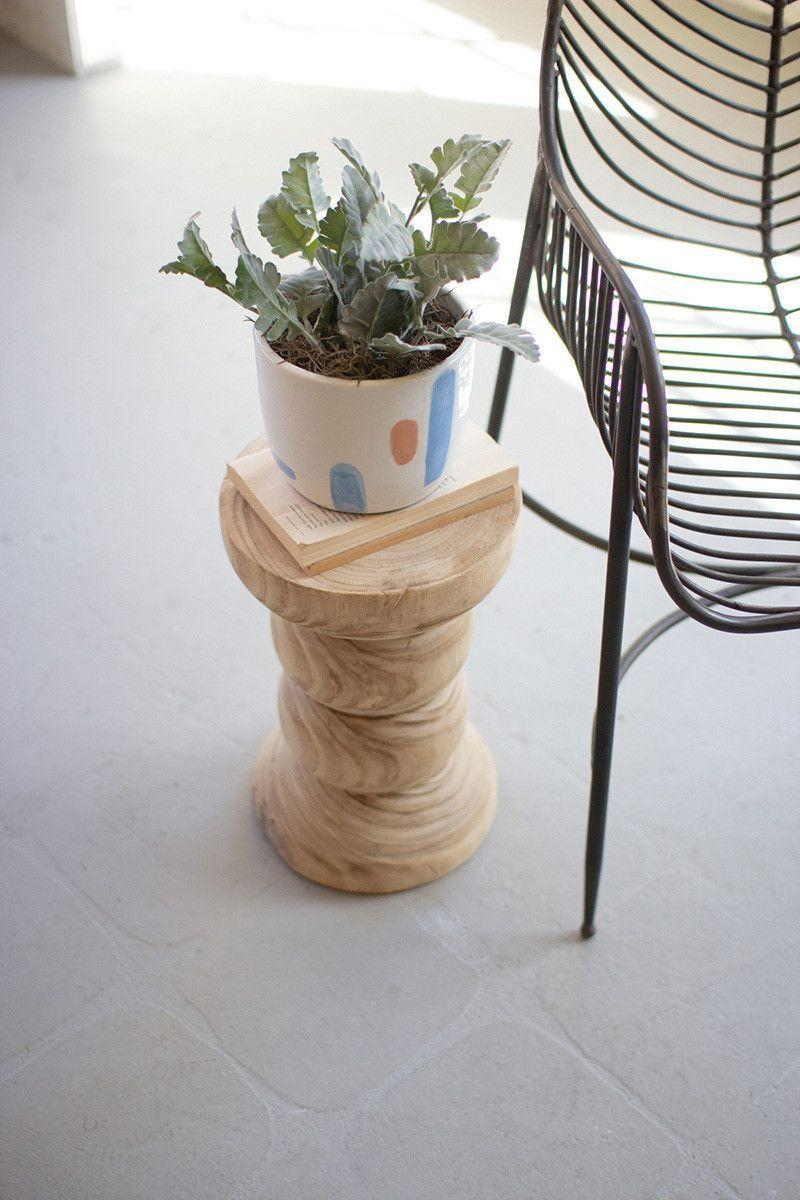 """<p>A lot of time and effort goes into caring for the <a href=""""https://www.elledecor.com/life-culture/fun-at-home/news/g3284/best-indoor-plants-for-apartments/"""" rel=""""nofollow noopener"""" target=""""_blank"""" data-ylk=""""slk:plants"""" class=""""link rapid-noclick-resp"""">plants</a> in your home, so shouldn't they be displayed accordingly? Instead of taking up valuable shelf and windowsill space with countless plant pots, give the greenery the spotlight it deserves with a plant stand, plinth, or pedestal. In addition to getting things off the ground, it will showcase all the hard work you put into keeping the plants <a href=""""https://www.elledecor.com/life-culture/fun-at-home/g19718856/care-for-indoor-plants/"""" rel=""""nofollow noopener"""" target=""""_blank"""" data-ylk=""""slk:healthy and happy"""" class=""""link rapid-noclick-resp"""">healthy and happy</a>. Read on for our favorite plant stands and pedestals for every style and every budget. </p>"""