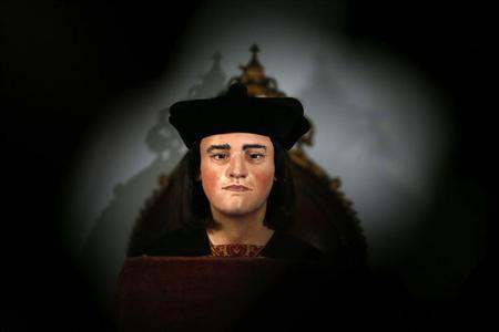 A facial reconstruction of King Richard III is displayed at a news conference in central London February 5, 2013. REUTERS/Andrew Winning