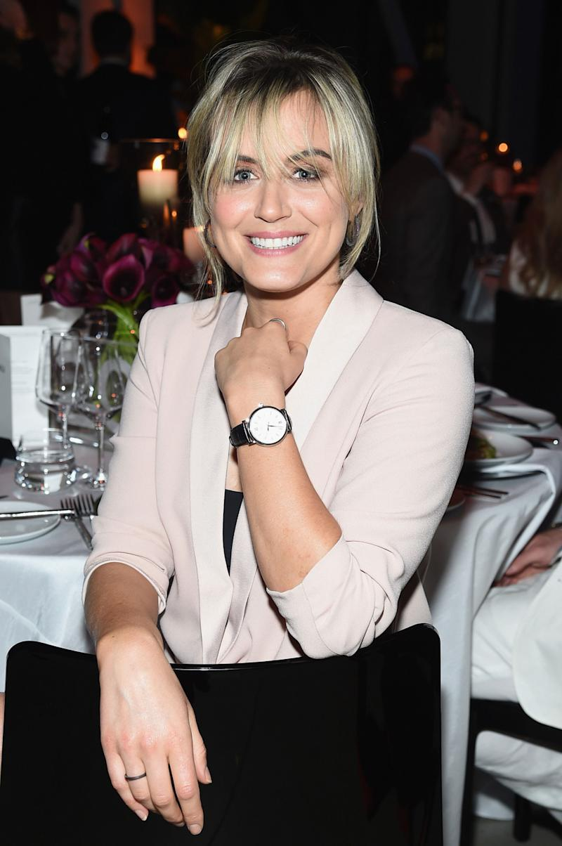 Taylor Schilling on Why Authenticity, Alone Time, and Muffins Are Keys to Wellness