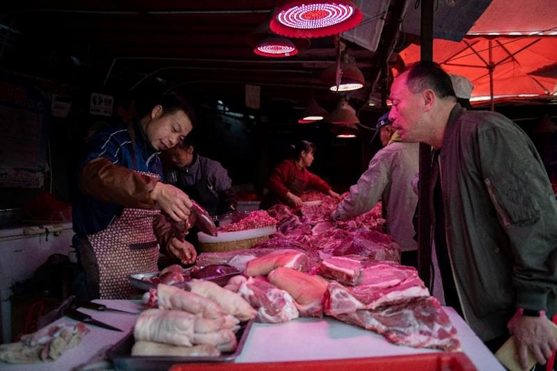 China's consumer and producer prices tick up in March