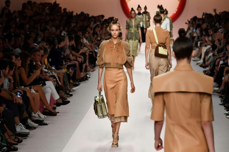 Fendi's Women's Spring/Summer 2019 showcased a mineral pallette of sage, cognac burgundy and tangerine