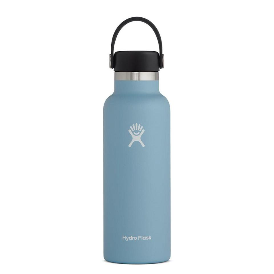 """<p><strong>Hydro Flask</strong></p><p>Hydro Flask</p><p><strong>$29.95</strong></p><p><a href=""""https://go.redirectingat.com?id=74968X1596630&url=https%3A%2F%2Fwww.hydroflask.com%2F18-oz-standard-mouth%3Fcolor%3Drain&sref=https%3A%2F%2Fwww.cosmopolitan.com%2Fstyle-beauty%2Ffashion%2Fg29194509%2Fgifts-for-college-students%2F"""" rel=""""nofollow noopener"""" target=""""_blank"""" data-ylk=""""slk:Shop Now"""" class=""""link rapid-noclick-resp"""">Shop Now</a></p><p>Hydro Flasks may be considered ~basic~. But trust me on this one, they ain't no joke! Seriously, they'll keep their water cold for over 24 hours.</p>"""