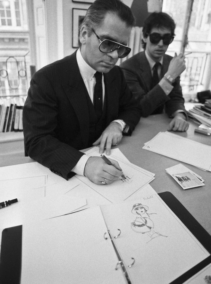 <p>In 1983, Karl Lagerfeld joined Chanel as chief artistic director. On March 5th 1984, the designer completed his debut Haute Couture collection for the fashion house. Despite being on the brink of financial loss, Lagerfeld's line proved revolutionary. <em>[Photo: Getty]</em> </p>