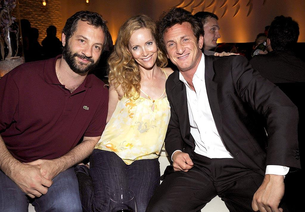 "Judd Apatow and wife Leslie Mann joined Sean Penn for the festivities. It's good to see the normally serious Sean smiling for once. Kevin Mazur/<a href=""http://www.wireimage.com"" target=""new"">WireImage.com</a> - July 12, 2008"