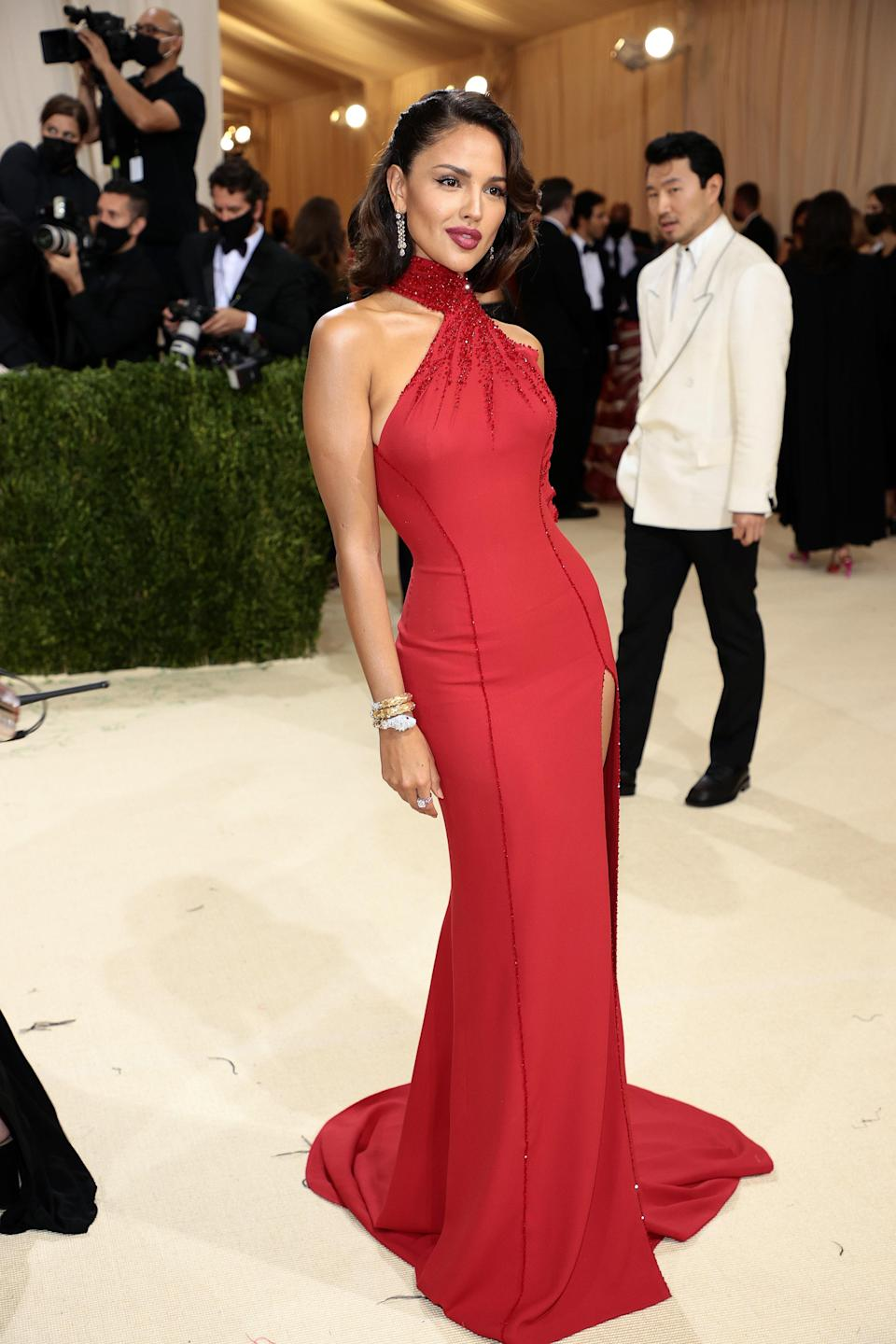 """<h1 class=""""title"""">Eiza González, The 2021 Met Gala Celebrating In America: A Lexicon Of Fashion - Arrivals</h1><cite class=""""credit"""">Getty</cite>"""