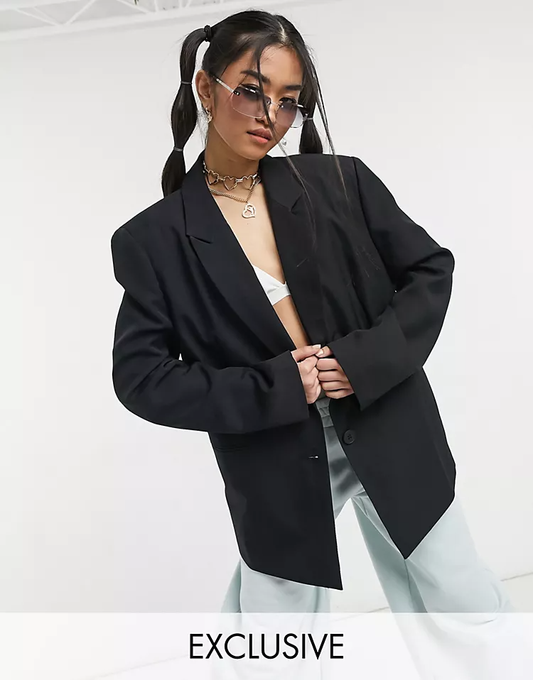 """<br><br><strong>Collusion</strong> oversized dad blazer, $, available at <a href=""""https://go.skimresources.com/?id=30283X879131&url=https%3A%2F%2Fwww.asos.com%2Fus%2Fcollusion%2Fcollusion-oversized-dad-blazer-in-black%2Fprd%2F22638890"""" rel=""""nofollow noopener"""" target=""""_blank"""" data-ylk=""""slk:ASOS"""" class=""""link rapid-noclick-resp"""">ASOS</a>"""