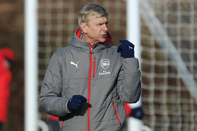 Wenger Says English Players Have Become the 'Masters of Diving'