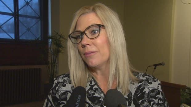 Manitoba Families Minister Rochelle Squires says she is taking time to reflect and come to a better understanding of her responsibilities toward reconciliation.  (Radio-Canada - image credit)