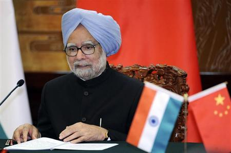 Manmohan Singh speaks during a joint news conference with Li Keqiang at the Great Hall of the People in Beijing