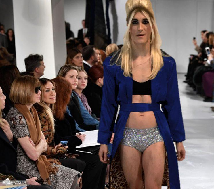 Carrie Dragshaw on the runway